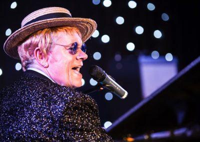 Elton 8