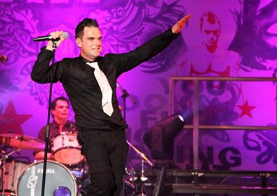 Robbie Williams by JK