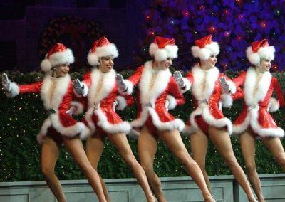 CHRISTMAS SANTA DANCERS